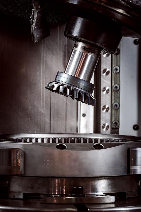 obrábanie kovov CNC fréza